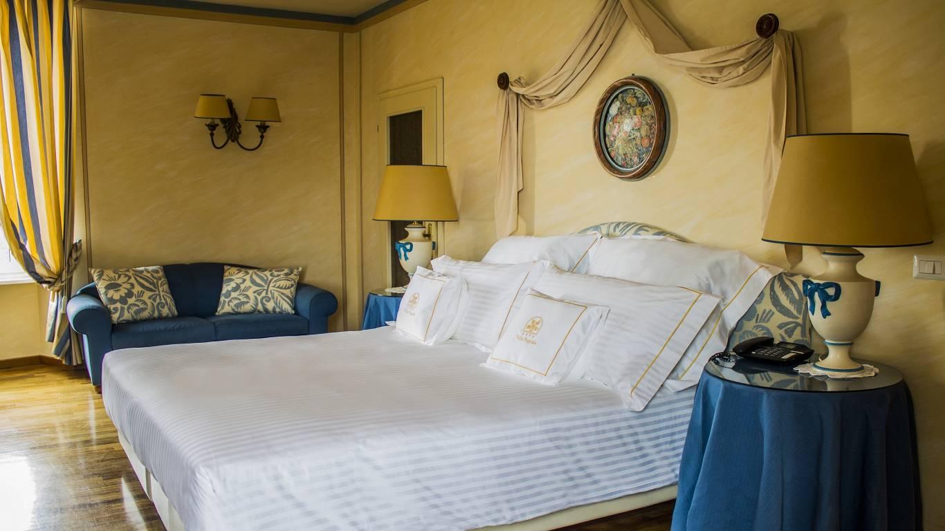 Bagni Blue Marlin Nervi : Hotel villa pagoda genova nervi sito ufficiale